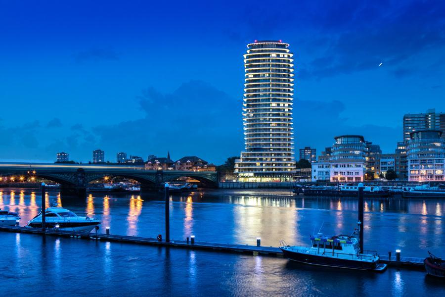 View of the River Thames and tall building at night