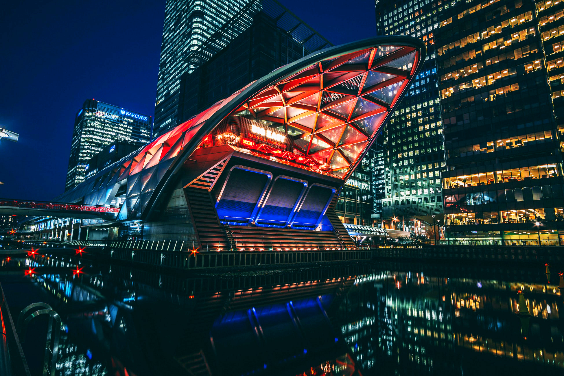 Top 5 places to live Canary Wharf Crossrail Place