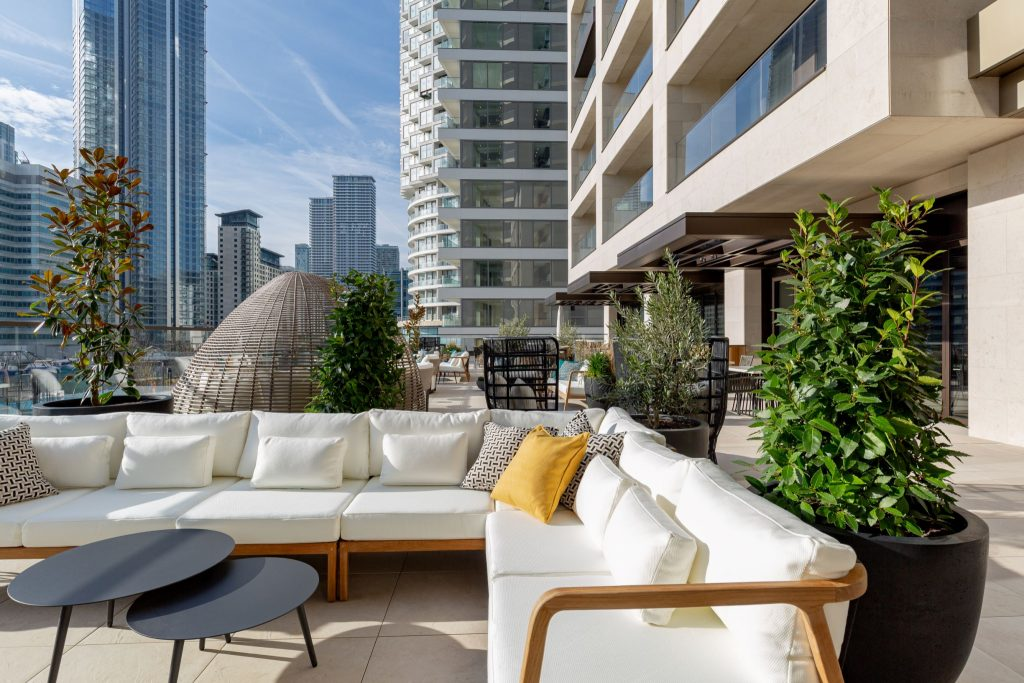 the terrace at 10 george street by Vertus, Canary Wharf